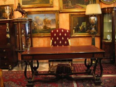 Stupenda scrivania a lira stile impero in noce e r for Seconde case impero in vendita