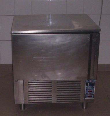 Vendo attrezzatura completa cucina tutta italia tutta italia annunci trovalo subito lavoro - Cucina completa subito it ...