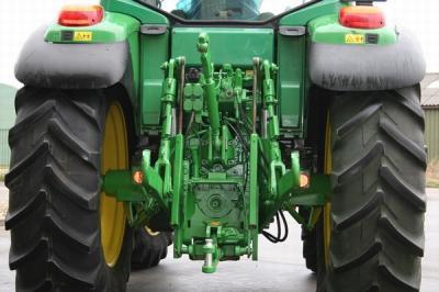 Trattore agricolo usato john deere 6320 powerquad lazio for Vendita trattori usati lazio