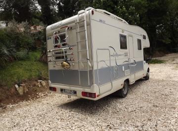 Camper rimor superbrig 680 tc garage annunci trovalo for Case con annesso garage per camper