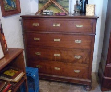 vendo dei mobili antichi dell\'800-vedi foto e prezzi ...